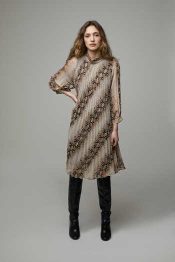Dress 4667
