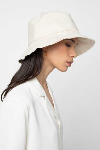 Hat 6357
