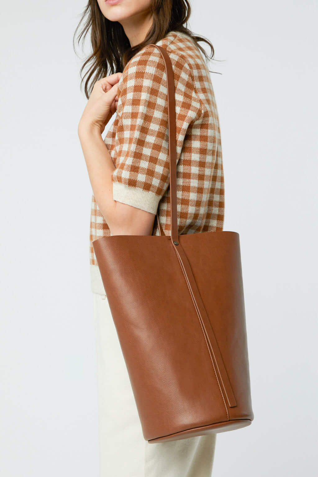 Bucket Bag 3350 Brown 6