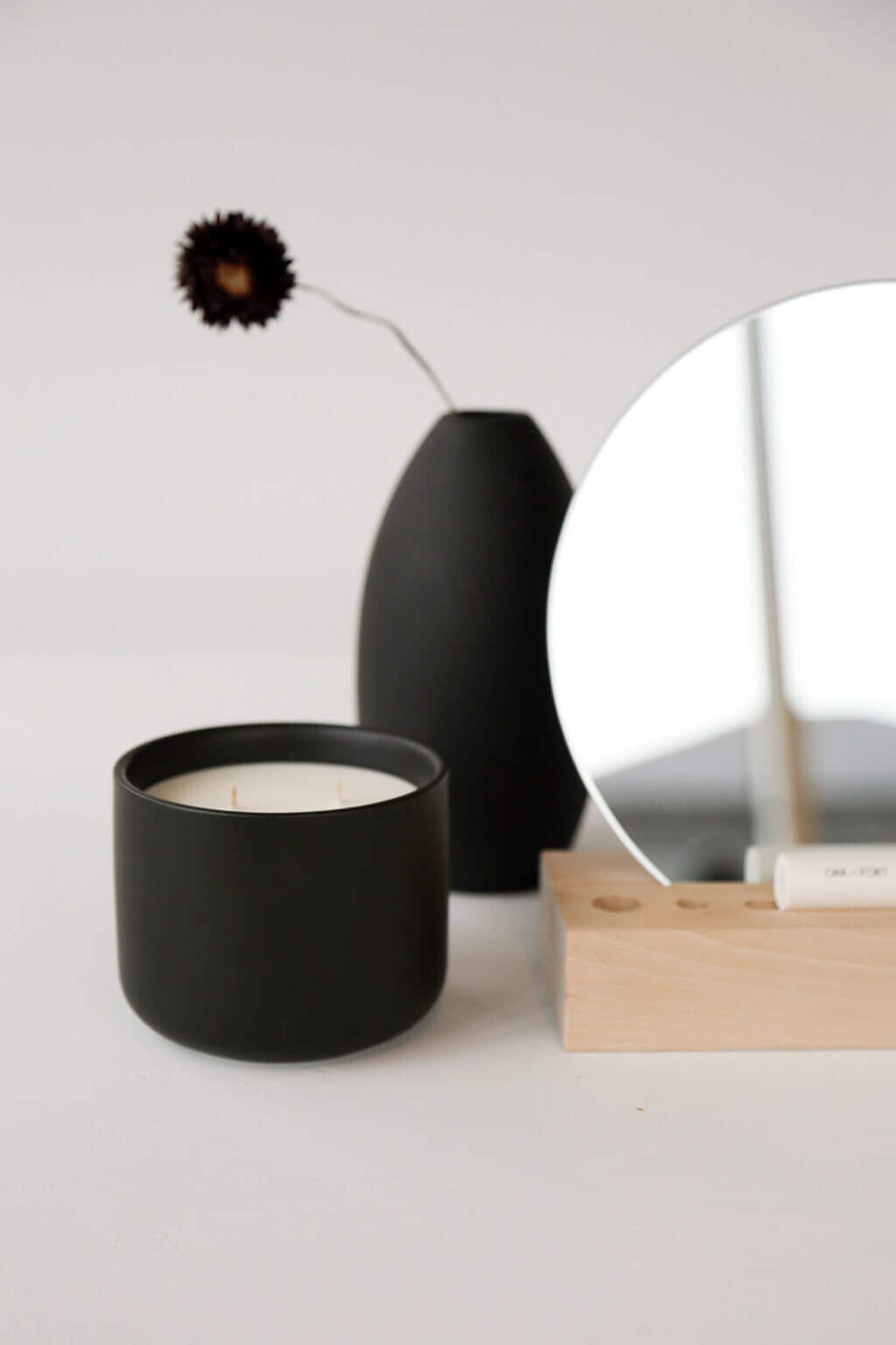 Candle 3228 Black 2