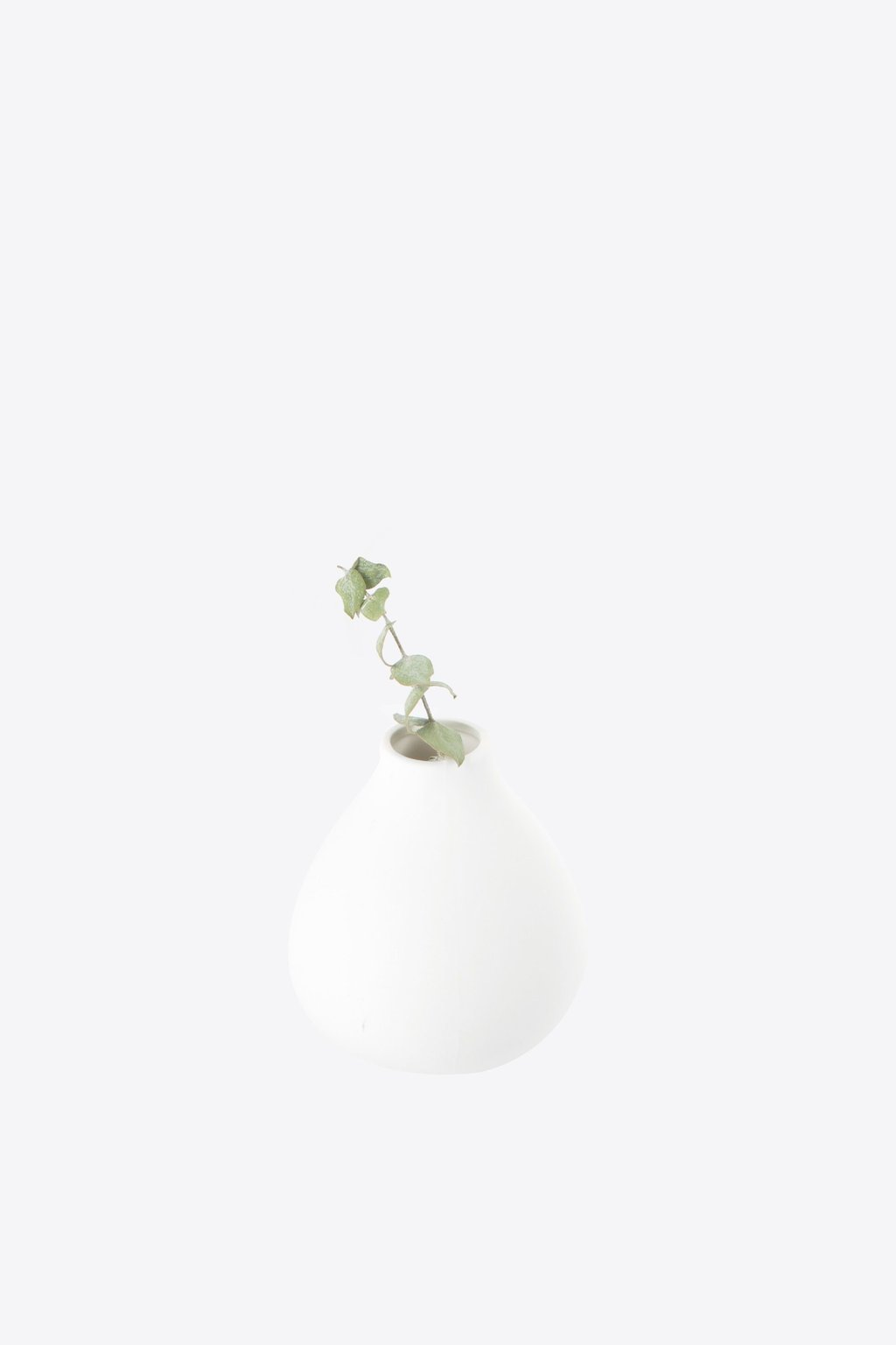 Drop Vase 1894 White 1