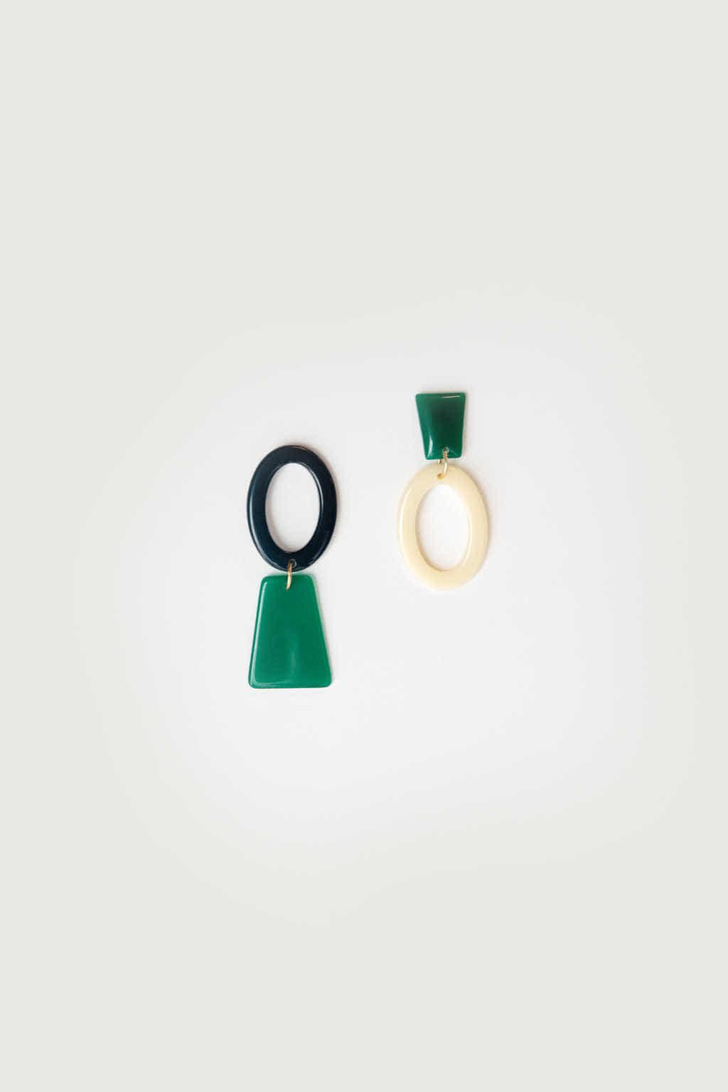 Earring K018 Green 3
