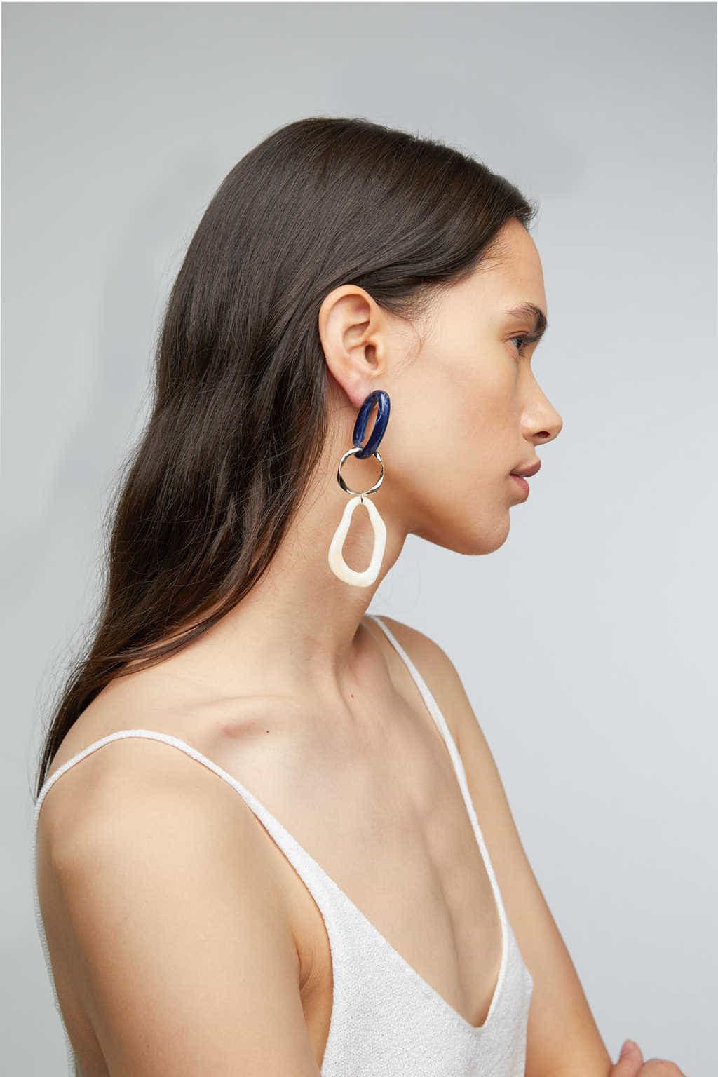 Earring K030 Cream 2