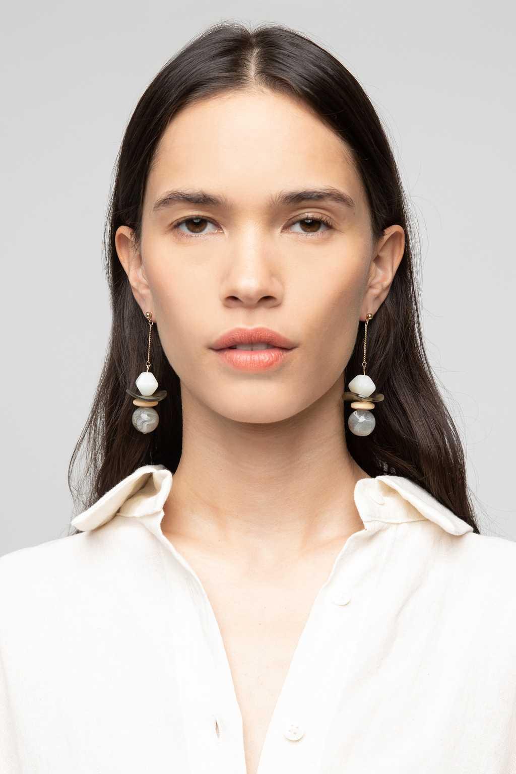 Earring K047 Gray 2