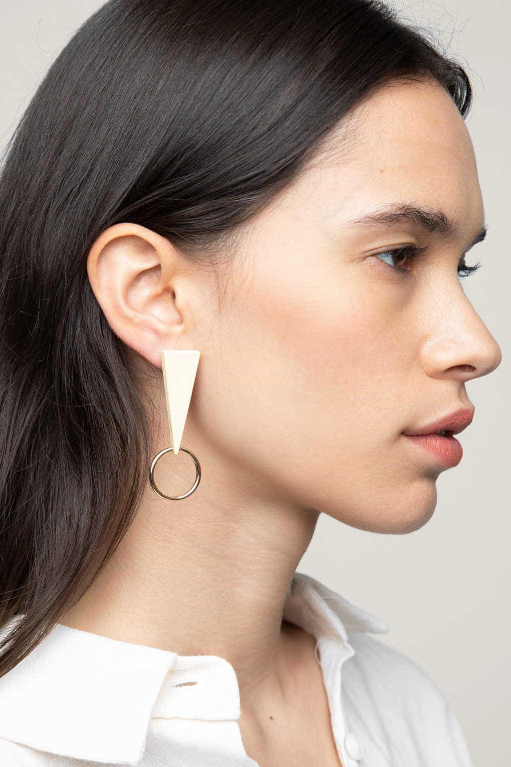 Earring K048 Cream 3