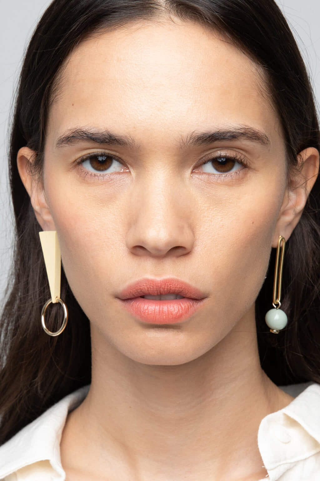Earring K048 Cream 4