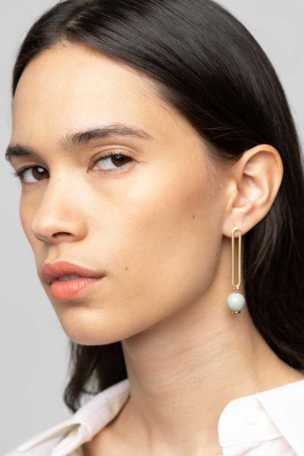 Earring K048 Cream 5