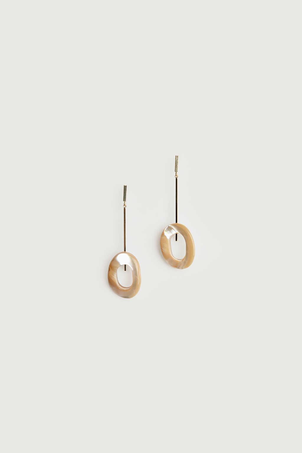 Earring K051 Beige 2