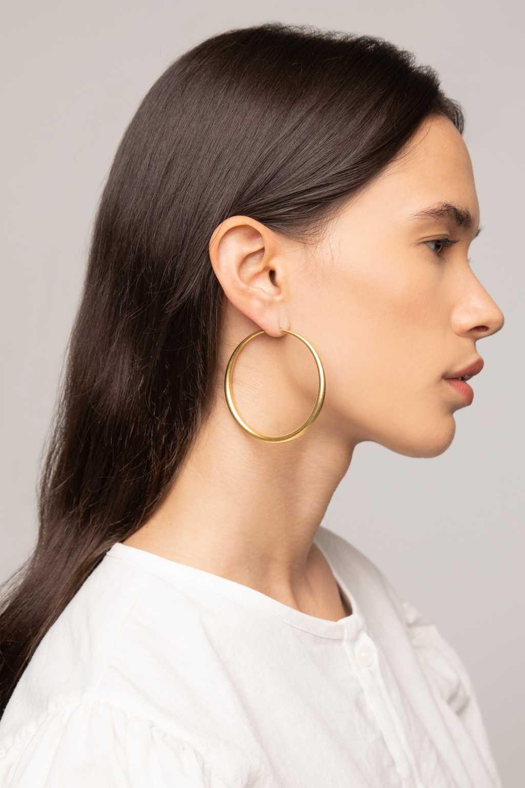 Earring K061 Beige 1