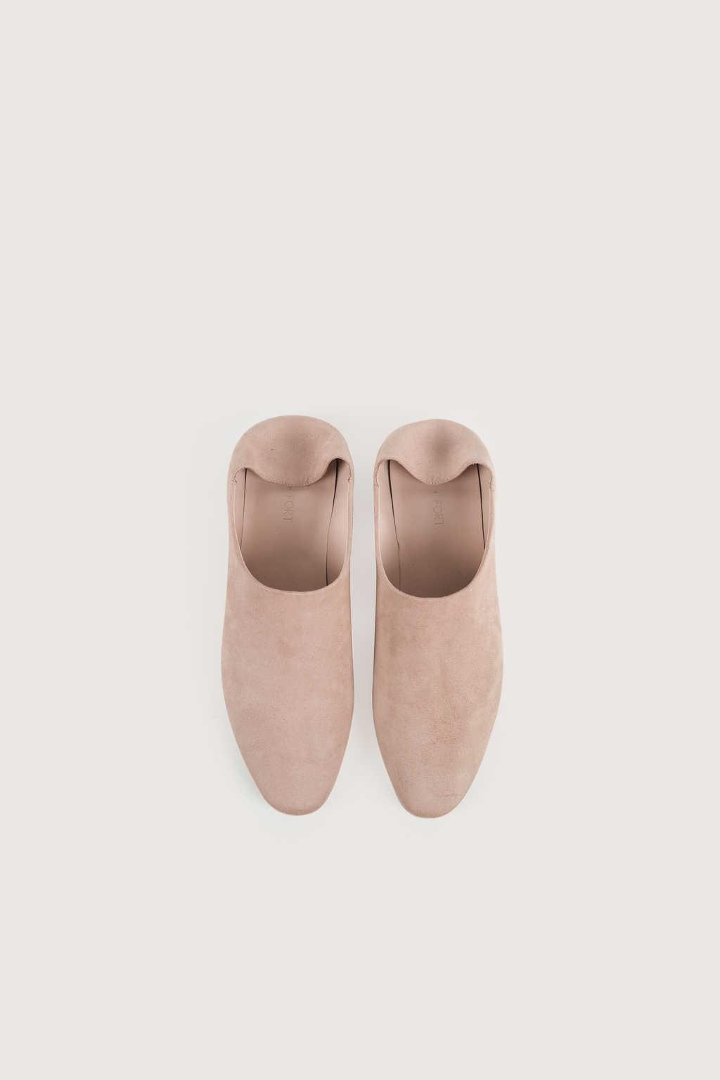 Flat 1627 Light Pink 2