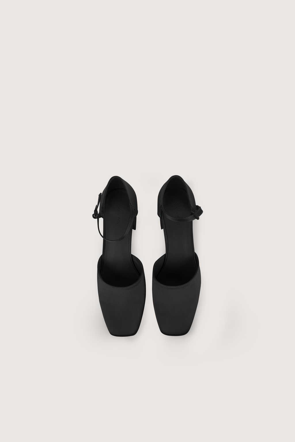 Heel 1734 Black 9