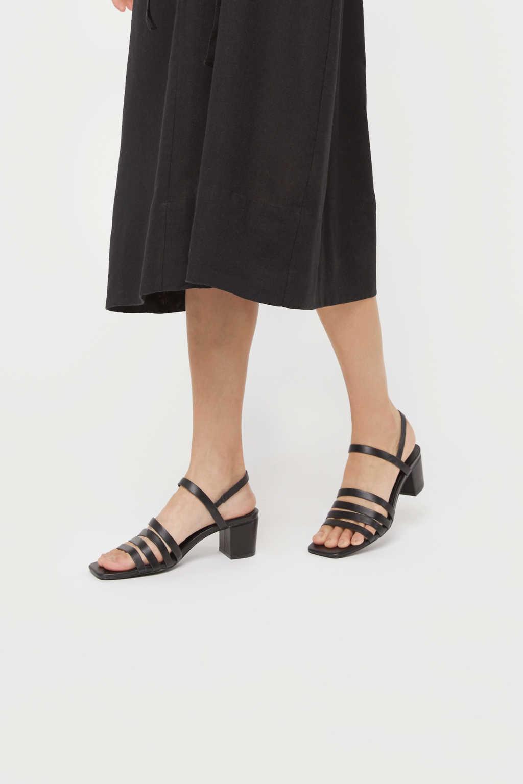 Heeled Sandal 3455 Black 1