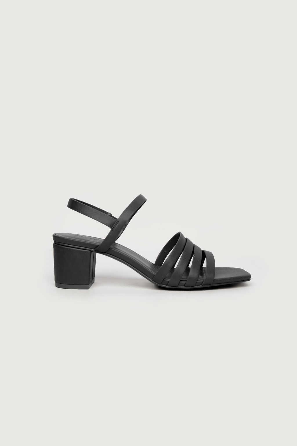 Heeled Sandal 3455 Black 2