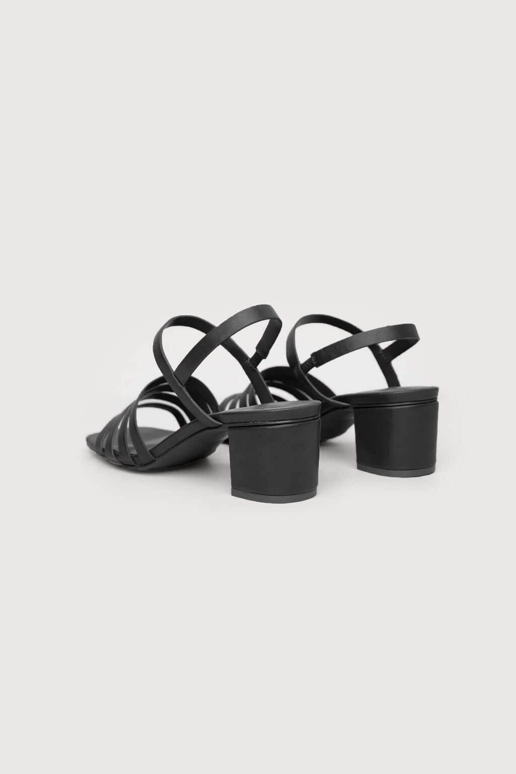 Heeled Sandal 3455 Black 4