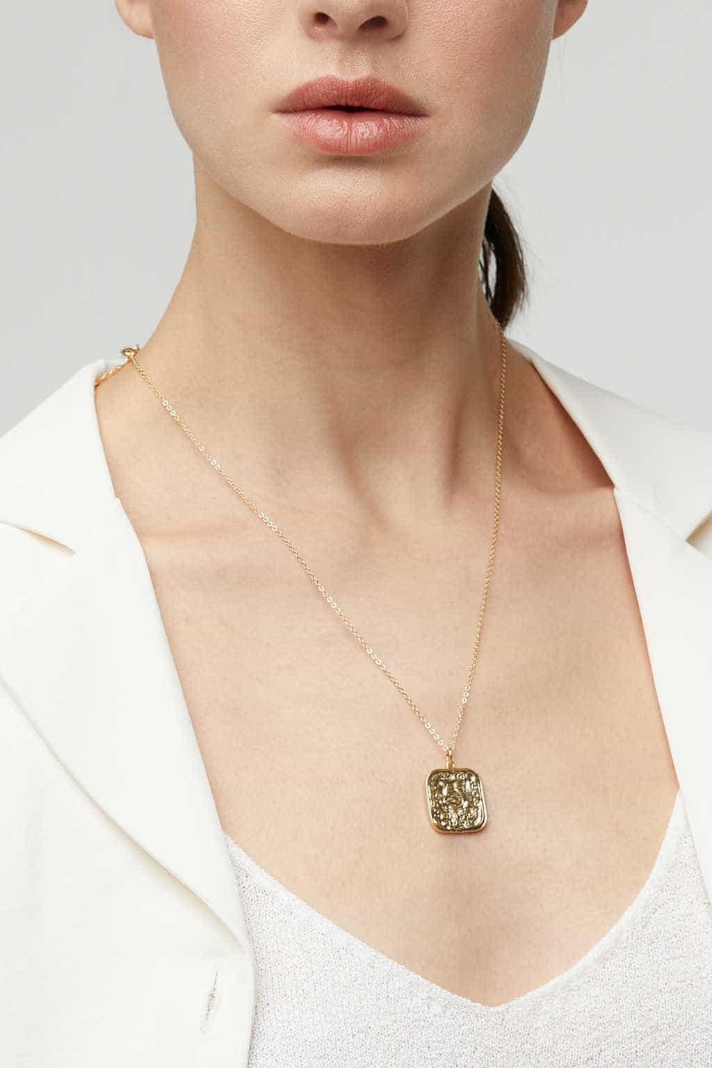 Necklace K010 Gold 1