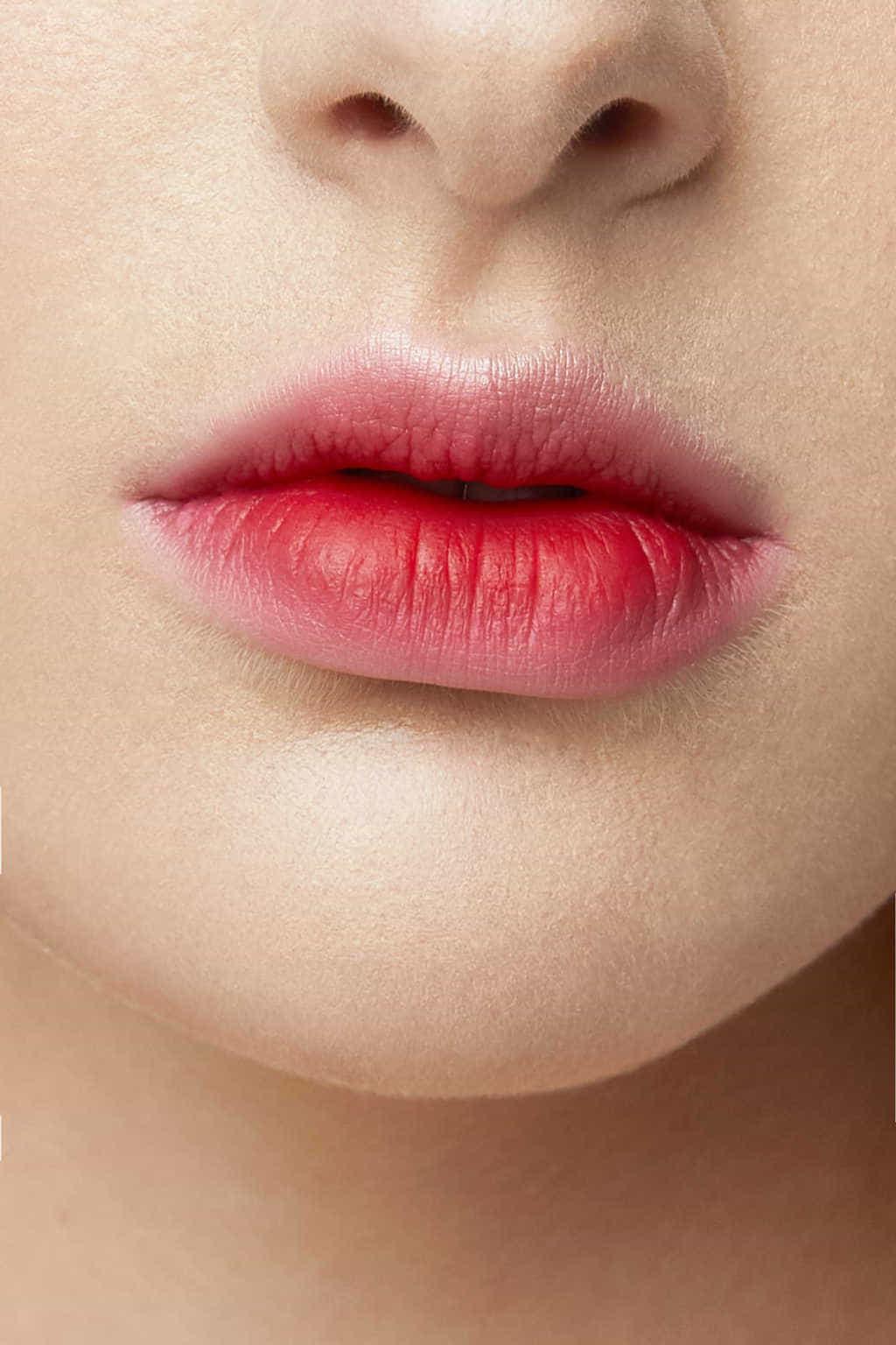 O Lip 3544 Reign 3