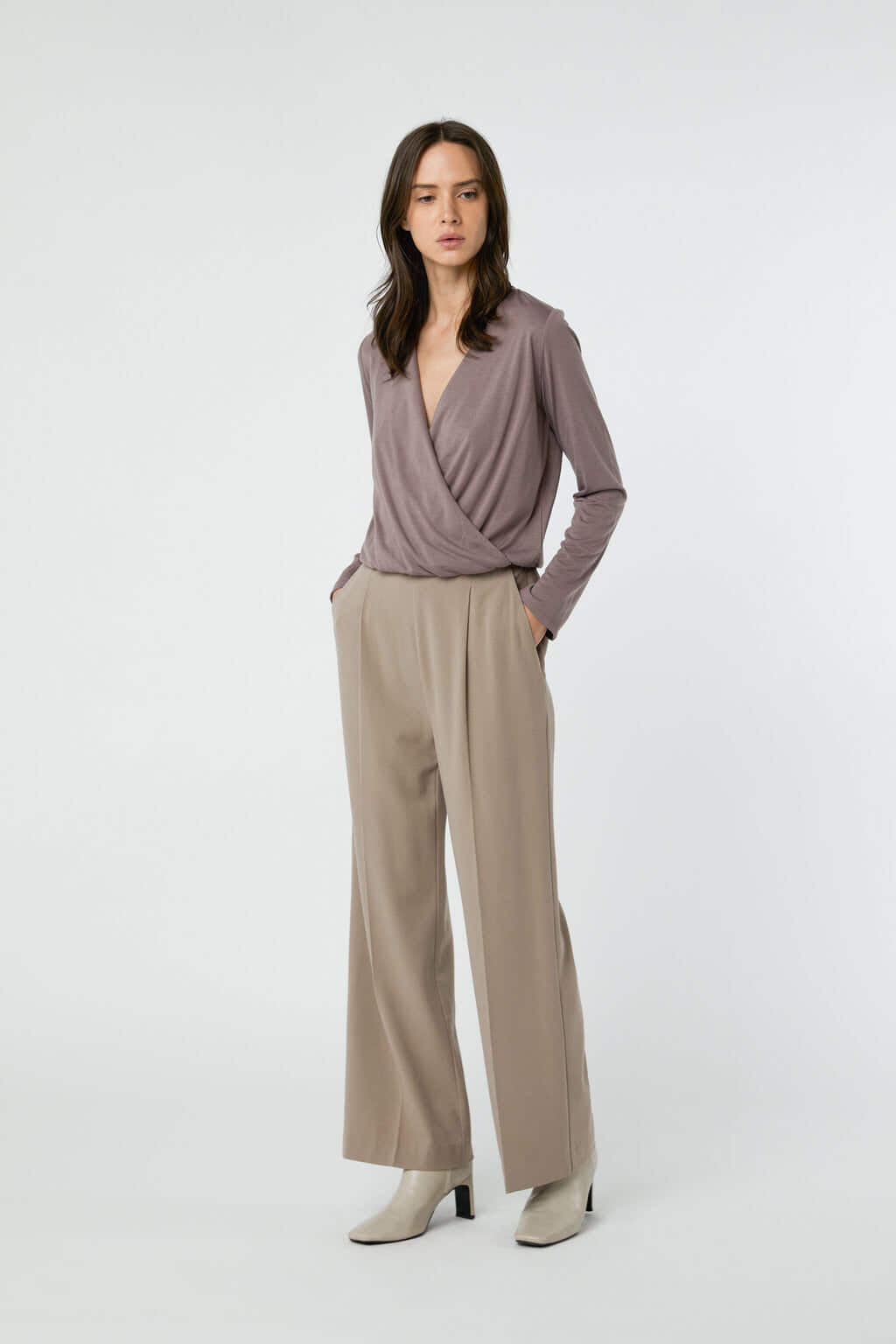 Pant 2894 Taupe 2