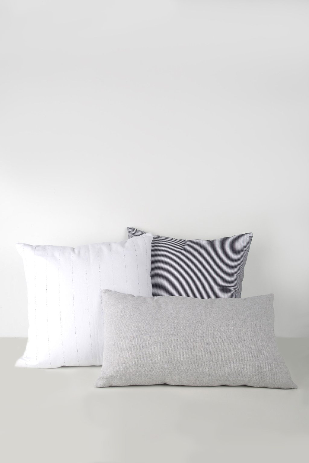 Rectangle Pillow 1843 Light Gray 2