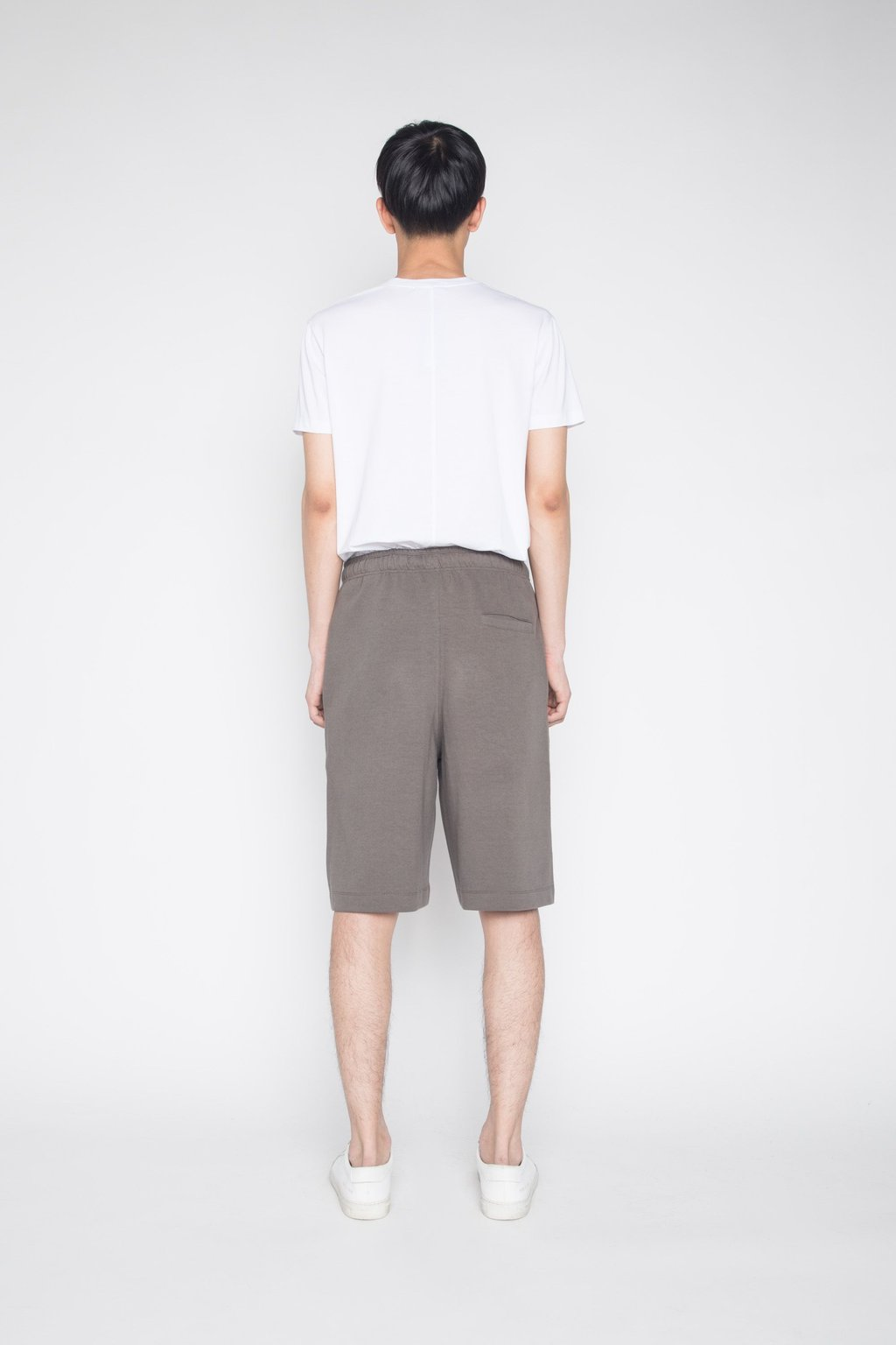 Short 1364 Taupe 4