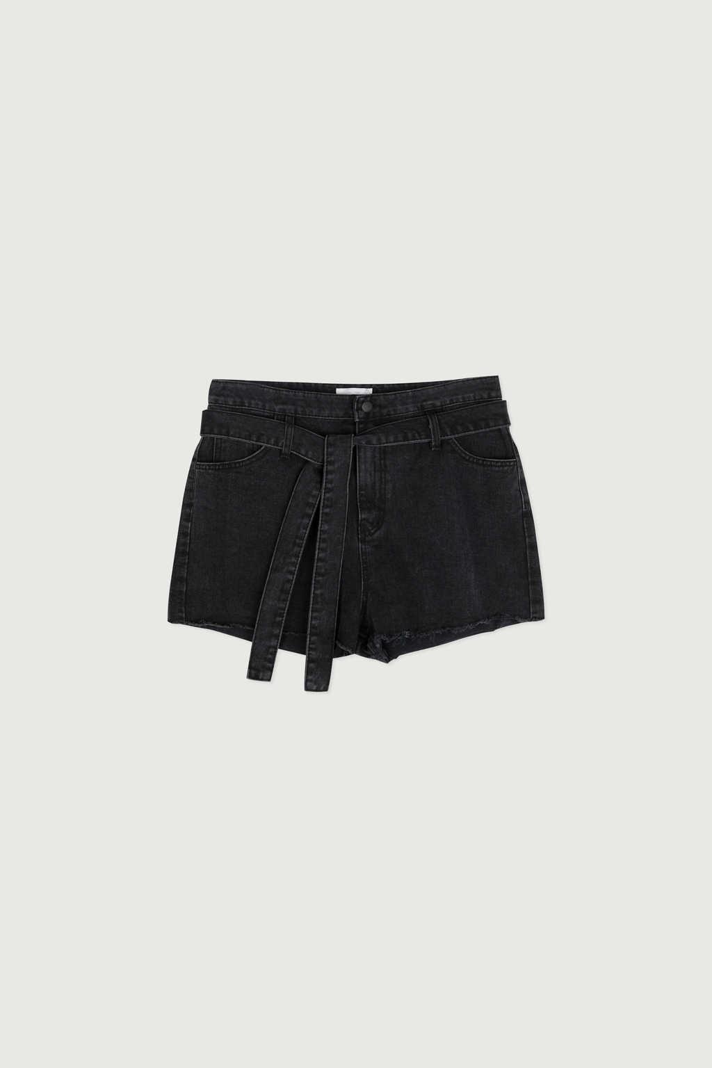 Short K012 Black 7