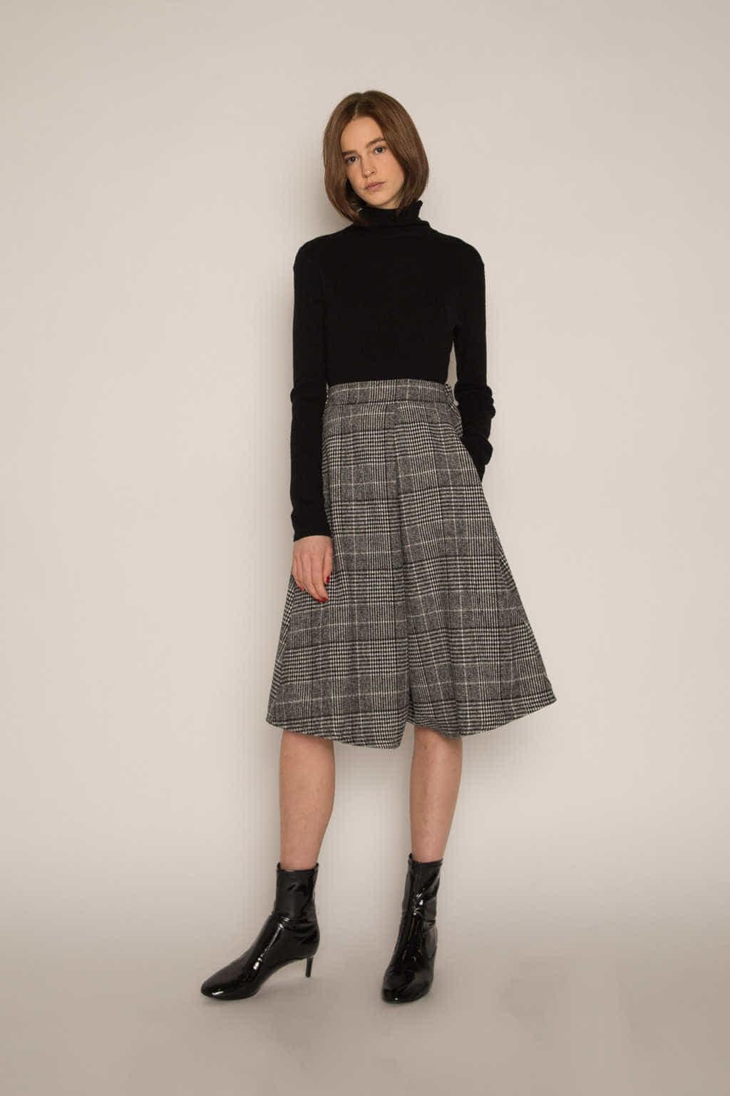 Skirt H177 Black 2