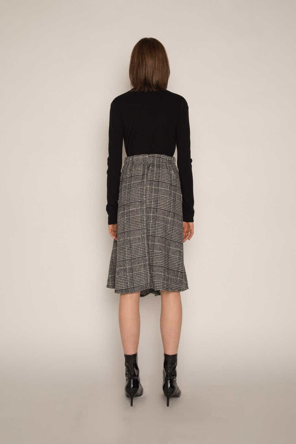 Skirt H177 Black 4