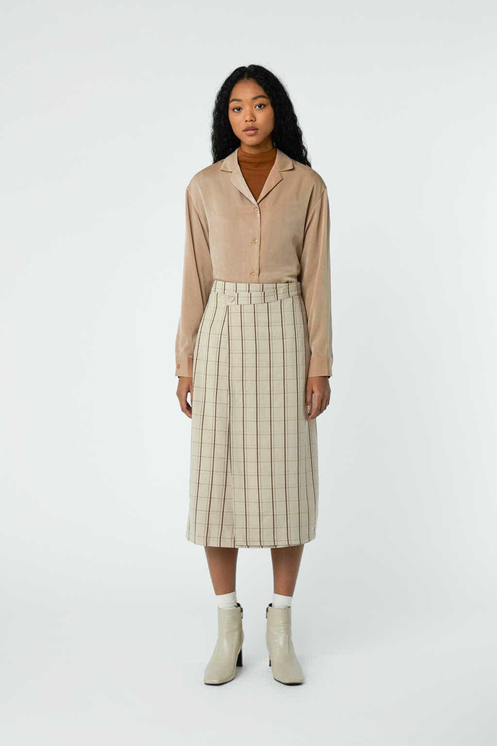 Skirt J001C Beige 3
