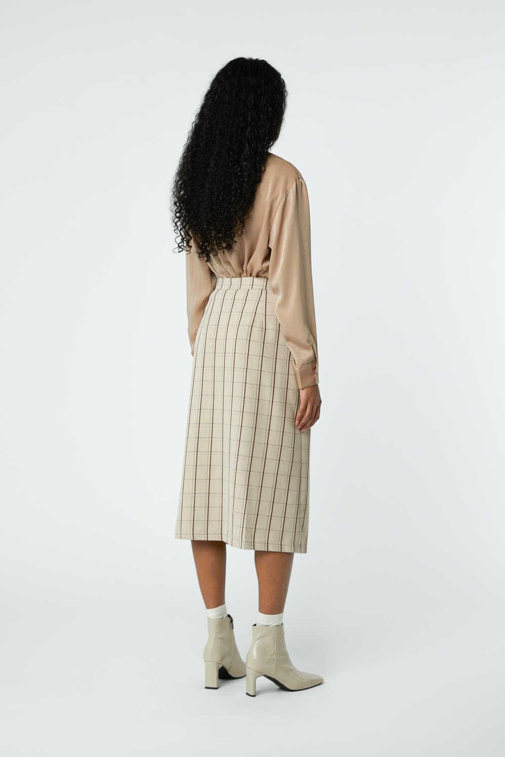Skirt J001C Beige 4