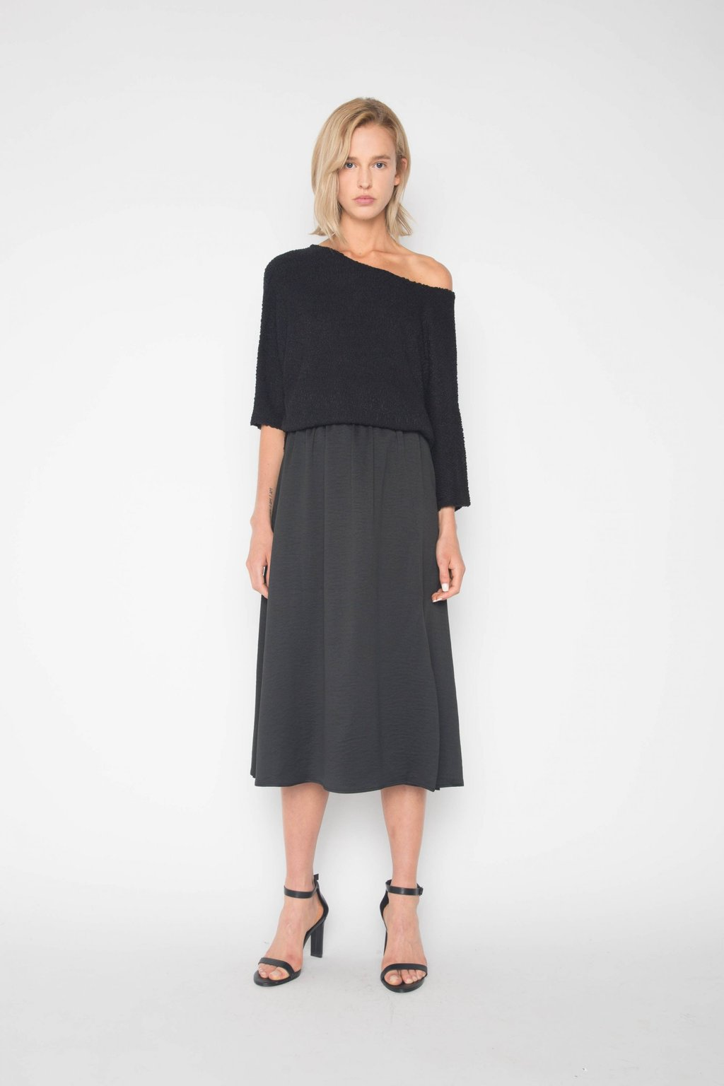 Sweater 1322 Black 1