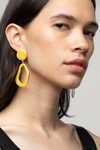 Earring K039 Beige 1