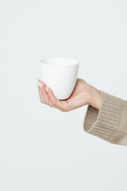 TAPERED PORCELAIN CUP 2941 thumbnail